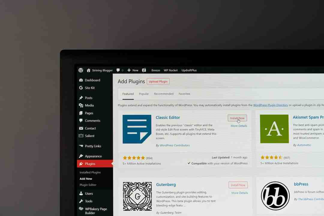 Can you get WordPress for free?